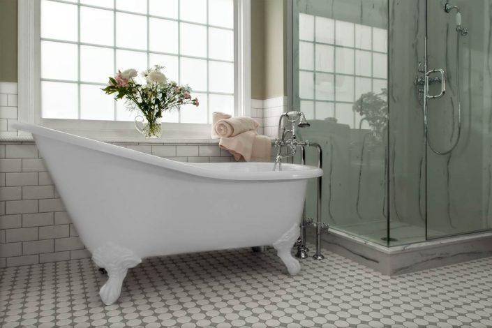 classic clawfoot tub